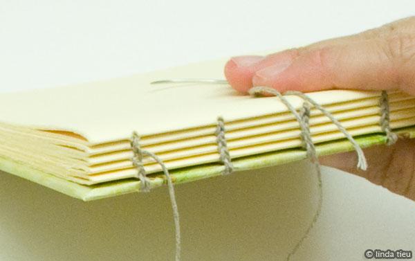 koptische binding - laatste katern naaien