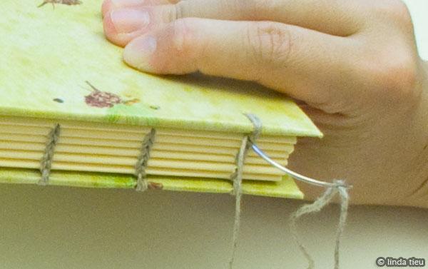 koptische binding - tweede kaft naaien